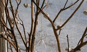 χριστουγεννιατικη διακοσμηση με κλαδια δεντρου